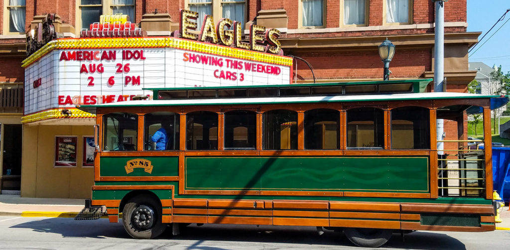 Eagles Theatre and Trolley #85